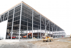 I.D. Foods warehouse in Laval (100,000 sq. Ft.)